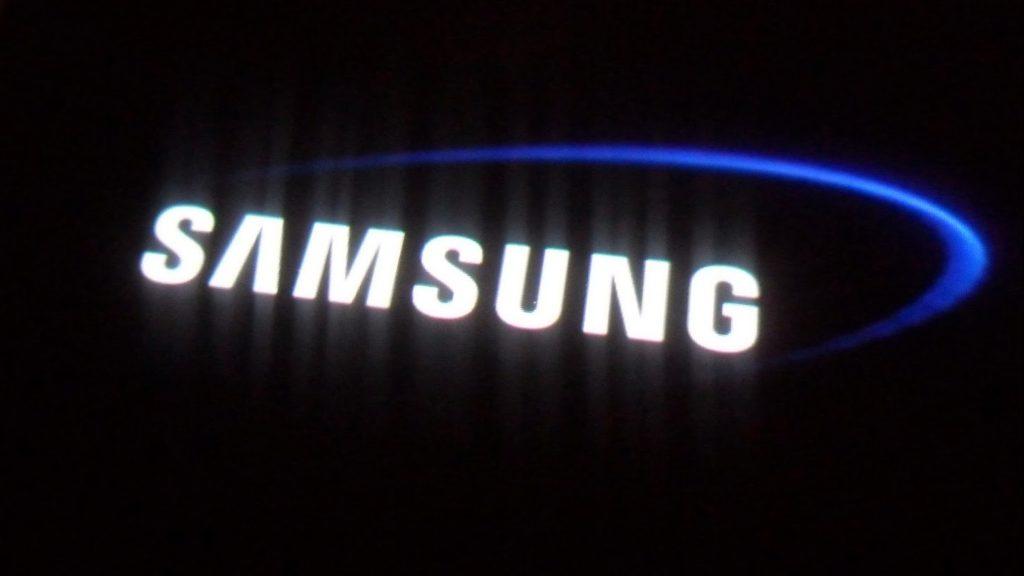 Galaxy X : Samsung repousse la sortie de son smartphone pliable à 2019 !